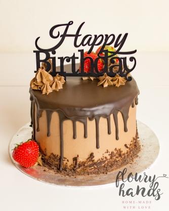 chocolate strawberry drip cake 1