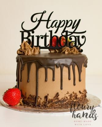 chocolate strawberry drip cake 2