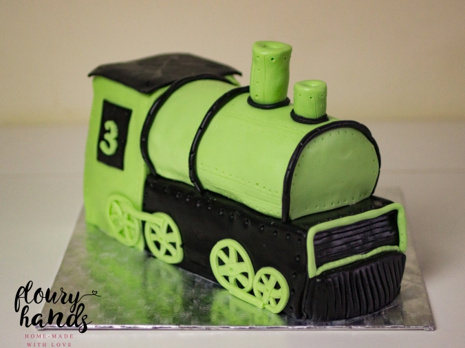 steam train birthday cake
