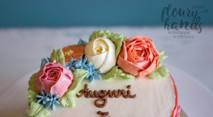 rainbow cake with buttercream flowers 5